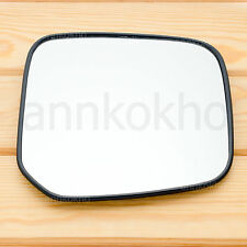 2000-2005 Mitsubishi L200 Triton Strada side view door mirror glass lens right