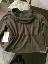 NWT Lululemon Hold Your Om Hoodie Green HFTG Size 6 Gathered Waist Cute!