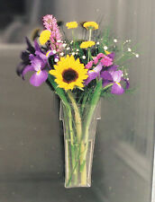 Window Vase Flower Pot Style holds bouquet of flowers, suctions to windows 38130