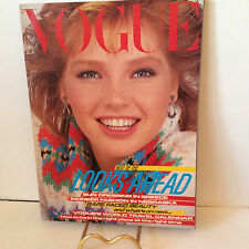 VINTAGE JANUARY1982 VOGUE MAGAZINE 143 PAGES VGC CHRISTMAS PRESENT