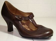 SOFFT 6 M BROWN LEATHER MARY JANE WING TIP HEEL PUMPS
