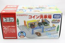 New TAKARA TOMY TOMICA World Town Scene Car Wash with Playkids Set VX384090