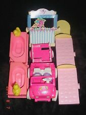 Kelly Tommy Doll Car-Bathtubs-Beds-puppet stand-Lot