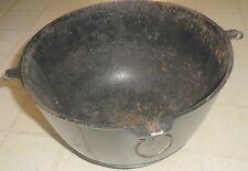 Antique No. 4 ERIE Griswold Cast Iron  Kettle Bean Pot pan Handle