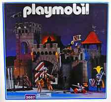 Playmobil 3667 Vintage Medieval Small Castle NEW MISB but box slightly damaged
