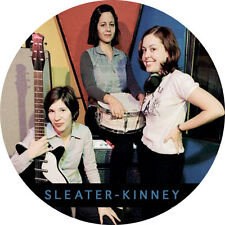 IMAN/MAGNET SLEATER-KINNEY . elastica buggy bear l7 hole pixies rem courtney lov