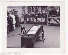 WWII Photo la reddition  des Japonais  1945  ( 007 )