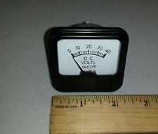 Emico 247-017-000 Analog Panel Meter Voltmeter 0 - 40VDC