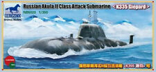 Bronco 1/350 5020 Russian Akula II Attack Submarine