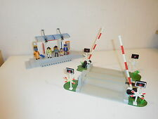 Playmobil railway Crossing train + station 4304 4010 4017 5258 etc type 4306 (1)