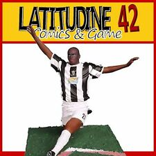 PLAYWELL STARS OF SPORT FOOTBALL JUVENTUS LILIAN THURAM ACTION FIGURE NEW!