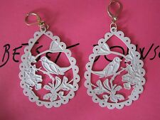 BETSEY JOHNSON VINTAGE WHITE LARGE BIRD SILHOUETTE DROP EARRINGS~RARE