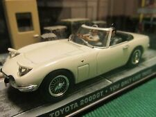JAMES BOND CARS COLLECTION 007 TOYOTA 2000 GT ROADSTER YOU ONLY LIVE TWICE
