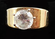 Vintage Faceted ROUND CZ GEMSTONE in Gold Ring Size 8.5 T3