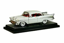 `57 Chevrolet Bel Air Hardtop Fuel Injection Ivory 1957 *** M2 Machines 1:24 OVP