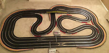 Scalextric Digital (WEMBLEY STADIUM) Lap Counter / 2 Digital Straights & 4 Cars