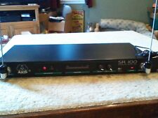 AKG SR 100 WIRELESS RECEIVER WITH DBX NOISE REDUCTION