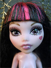 2011 MONSTER HIGH KILLER STYLE CLASSROOM DRACULAURA Fashion Doll Nude OOAK Play