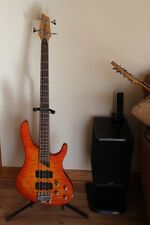 Washburn  Custom Shop Bantam XB400 Bass (w/case)