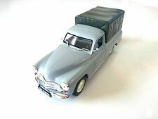 Warszawa 200 Pick-up - 1/43 DeAgostini Ixo URSS Voiture de l'Est CAR MODEL P32