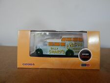 Oxford diecast 76COM004 Commer Commando Billy Smarts Circus 1:76 00 scale
