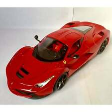 Bburago Ferrari LaFerrari Red - 1:18 Scale Diecast Car