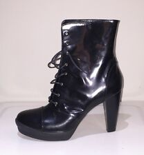 FENDI designer brand new ankle boots shiny leather size 41
