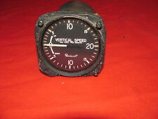 Vertical Speed as removed from Beechcraft P/N 1690380017 Instruments Inc Working