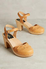 Swedish Hasbeens Women's Fringy Leather and Wood Clogs Retail $249 size 9