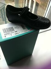 Clarks Girls 8f New Black Leather Shoes Cost £26