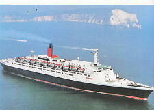"Shipping Postcard - Cruise Liner - ""Queen Elizabeth 2""      LE245"