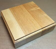 BASE IN LEGNO TIGLIO PER FIGURINI - WOOD BASE FOR MODEL 15x15 h3