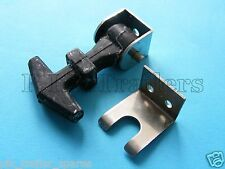 FREE P&P* Small Rubber Bonnet / Door Fastener Catch with Retainer & Hook