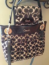 Coach RARE Ashley Signature Hippie Crossbody bag & Matching Wallet $506