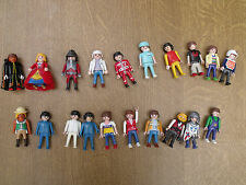 LOT DE 20 PERSONNAGES PLAYMOBIL