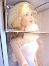 Tonner Nu Mood Tyler Fashion Lily New in Box /Shipper