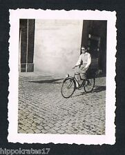 PHOTO Altes Fahrrad Foto 1935 bicycle vintage 35s  bike young men snapshot (16)