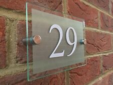 LUMINOUS MODERN HOUSE/HOTEL SIGN PLAQUE WHITE DOOR NUMBER GLASS EFFECT ACRYLIC