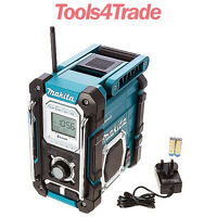 Makita DMR106 Jobsite Radio with Bluetooth and USB Charger