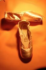 "FREED Pointe Shoes CLASSIC | 5 XXX | ""KEY"" Maker 