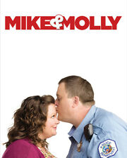 Mike and Molly [Cast] (50875) 8x10 Photo