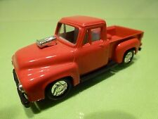 CHINA  DODGE PICKUP 1953? - RED L9.0cm - GOOD CONDITION