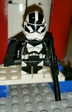 Lego Star Wars Arc Commander 501st Battalion Vadars Fist with Pistol