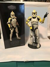 Militaries Of Star Wars Clone Commander Phase 1 Armor 1/6 Scale Sideshow