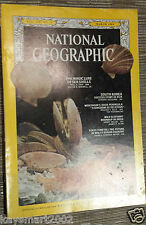 National Geographic THE MAGIC LURE OF SEA SHELLS - March 1969 Vol:135  No 3