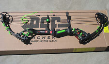 NEW PSE STINGER X BLACKOUT BLACK 50# GREEN KIT Barb Wire compound bow