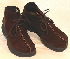 LOWER EAST SIDE Womens Size 8 M Brown Suede Leather Med Heel Chukka Ankle Boots