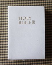 THE HOLY BIBLE KING JAMES VERSION OLD AND NEW TESTAMENTS WHITE,READ DESCRIPTION