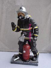 Figur Feuerwehrmann Groß Skulptur Axt Feuer Löschen Werbefigur Deko Gartenfigur