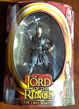 LOTR THE TWO TOWERS. HELMS DEEP ARAGORN w/ SWORD SLASHING ACTION. Half-Moon. NOC